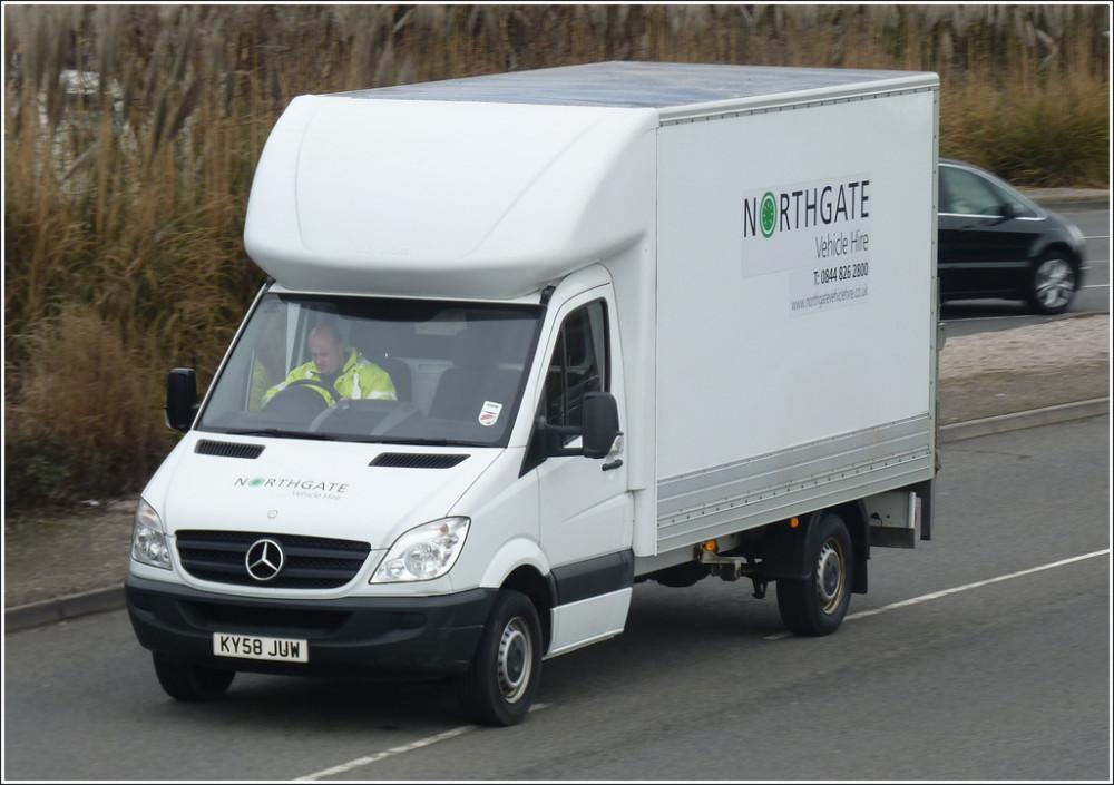 Example of a 3.5 ton Luton van